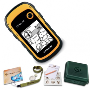 Garmin eTrex 10 GCB Handheld Hiking GPS Geocaching Bundle