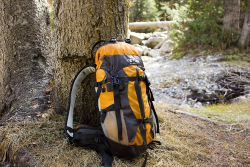 TETON Sports Summit1500 Ultralight Internal Frame Backpack